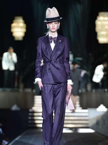 A Dsquared2 apresentou uma coleção com inspiração no guarda-roupa masculino