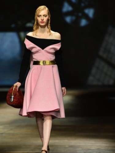 A grife Prada foi uma das últimas a desfilar nesta quinta-feira (21), durante a semana da moda de Milão