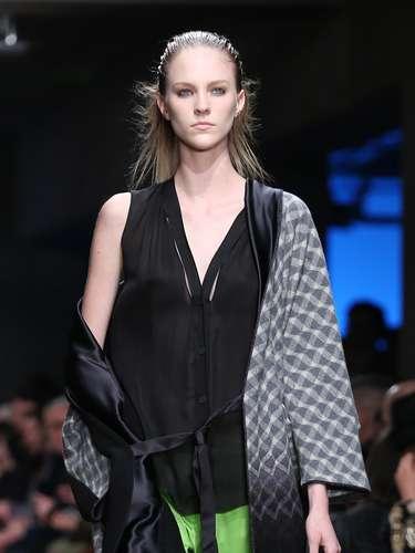Como já é característico, a Missoni levou algumas estampas para a semana de moda de Milão neste domingo (24)
