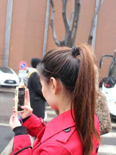 As blogueiras não largam o celular