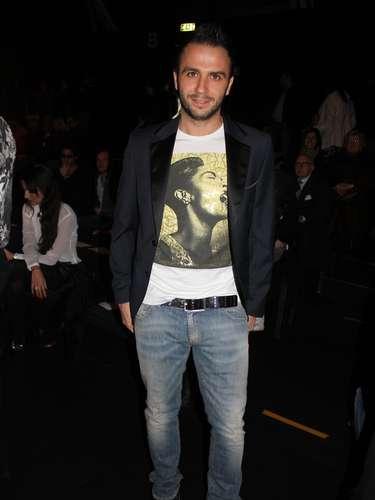 O jogador de futebol Giampaolo Pazzini, do Milan,conferiu o desfile de John Richmond
