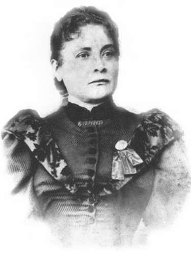 Chiquinha é a autora da primeira marcha carnavalesca do país, 'Ô Abre-Alas', composta em 1899.