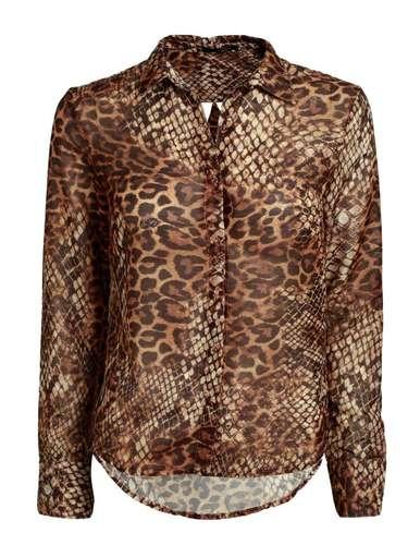 Camisa com estampa de pele de onça Oh Boy, R$ 348 Tel. 21 2259-3628