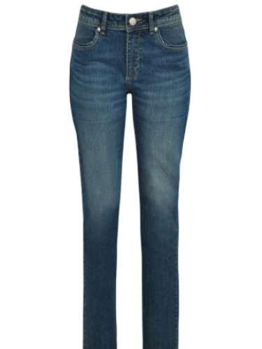 Jeans de pernas retas Renner, R$ 89,90, Tel. 11 2165-2800