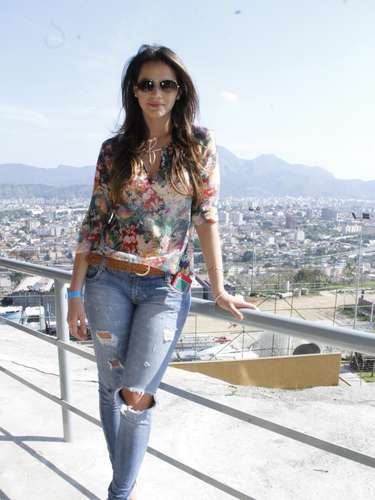 Em novembro de 2012, Bruna usou um look sensual e despojado. \