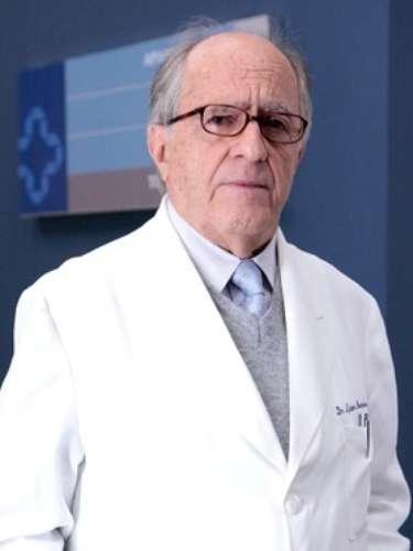 Lutero (Ary Fontoura)  Já foi um famoso cardiologista. Luta para se manter na profissão, apesar das limitações da idade