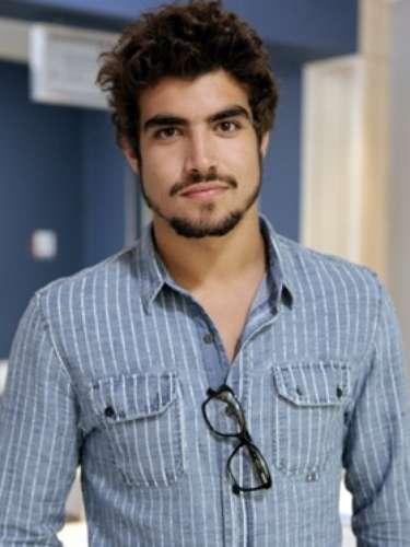 Michel (Caio Castro)  Residente bonitão, vai ter um relacionamento com Patrícia