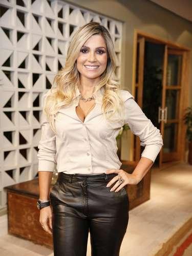 O elenco de 'Além do Horizonte' participou da coletiva de imprensa da nova novela das sete, da Globo, nesta terça-feira (15). Na foto, Flávia Alessandra
