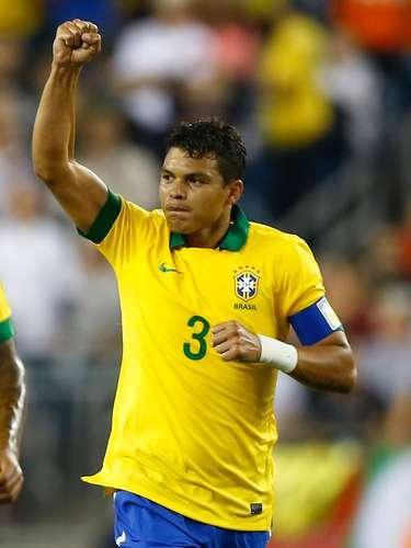 Zagueiro: Thiago Silva (Paris Saint-Germain/FRA)