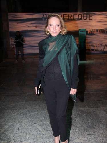 A estilista Lenny Niemeyer compareceu ao primeiro dia do Fashion Rio, nesta quarta-feira (6)