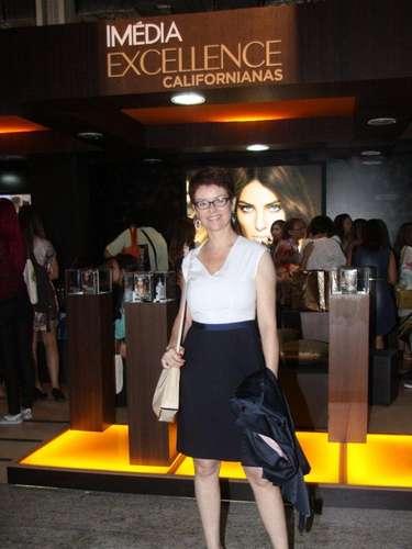 A atriz e ex-modelo Chris Nicklas prestigiou o último dia do Fashion Rio, na noite deste sábado (9)