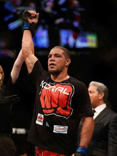 Thales Leites conseguiu sua segunda vitória em retorno ao UFC