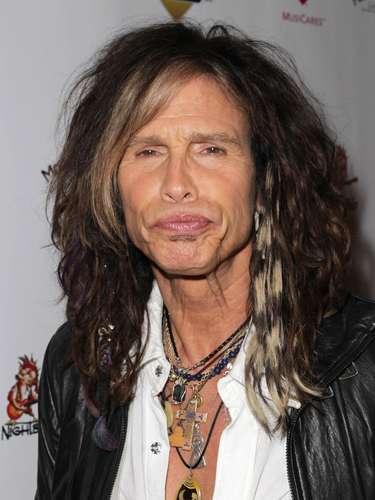 Steven Tyler - Ao menos no discurso, ninguém supera o vocalista do Aerosmith em precocidade sexual. Em entrevista à revista Elle, ele garantiu ter perdido a virgindade aos 14 anos - e com gêmeas