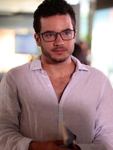 Felipe (Thiago Mendonça)  Tímido e bem comportado, é o típico \