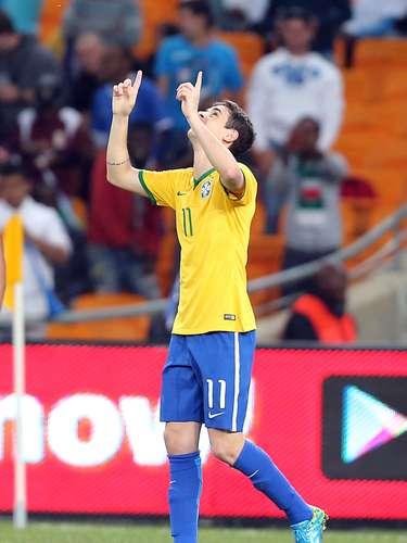 Gol do camisa 11 foi ignorado pelo narrador Galvão Bueno durante transmissão da Rede Globo
