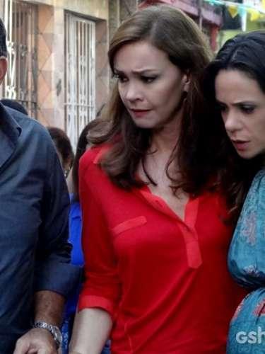 Acusada de assassinar Gorete, Juliana abandona Bia para conseguir sair de comunidade