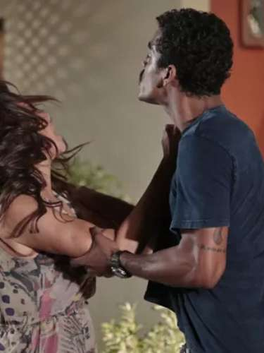 Jairo não aguenta mais Juliana tentando monopolizar a guarda de seus filhos