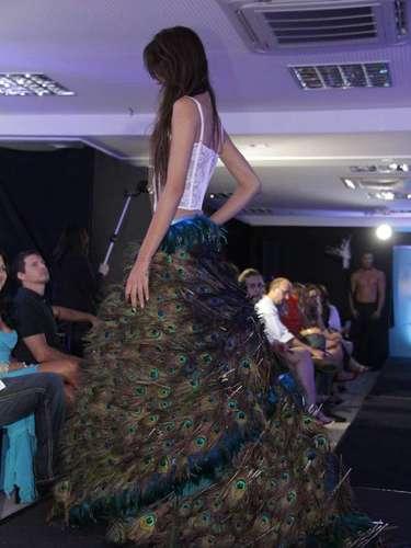 Modelos de corpetes também integravam a coleção de lingeries