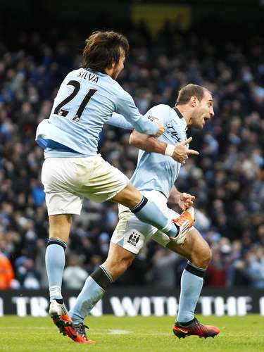 Zabaleta fez o gol de empate do City