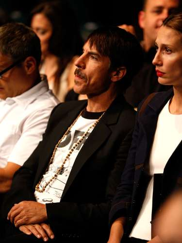 UFC 155 contou com a presença de Anthony Kiedis, vocalista do Red Hot Chilli Peppers