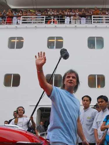 Os cruzeiros temáticos, como o de Roberto Carlos, são um dos investimentos que tem incentivado os brasileiros a embarcar