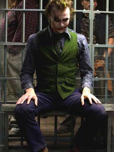 Antes de morrer, Heath Ledger preprava um retorno às grandes produções com o Coringa de 'Batman: Cavaleiro das Trevas' (2008)