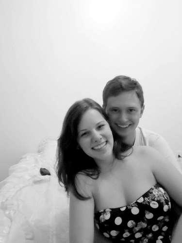 O casal Luiz Fernando Donati e Flavia de Carli Magalhães, diretora de Marketing da empresa Visão Júnior, morreu na tragédia de Santa Maria