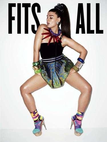 Em 2010, Crystal Renn foi fotografada por Terry Richardson para capa da revista V, em edição que celebrava todos os tipos de corpos