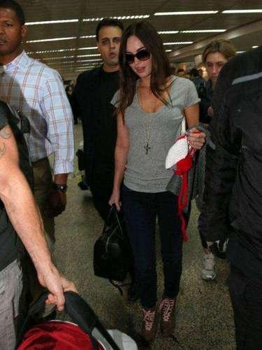 Megan Fox chega em São Paulo