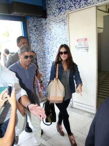 A atriz americana esteve na tarde de sábado (9) na comunidade de Heliópolis, na zona sul da capital paulista