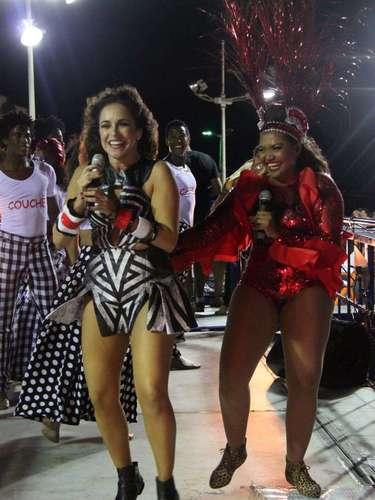 Daniela Mercury e Gaby Amarantos se divertem em trio elétrico
