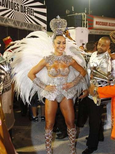 Sabrina Sato se prepara para o desfile da Gaviões da Fiel, em São Paulo