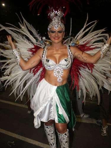 Mirella Santos se prepara para desfilar como destaque da Grande Rio