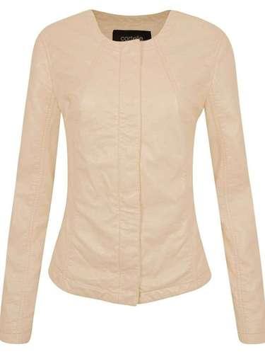 Jaqueta em couro sintético nude, da Renner. Preço: R$ 199. Informações: (11) 2165-2800