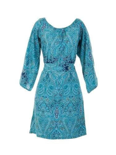 A C&A oferece vestido estampado. Preço: R$ 89,90.Informações: (11) 2167-0040