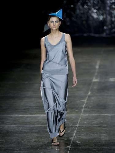 As coleções daUma por Raquel Davidowickstêm como propósito mesclar a sofisticação da alfaiataria com o despojamento do sportwear