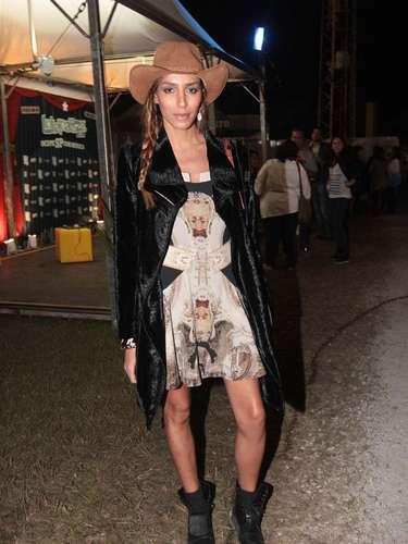 Famosos compareceram ao último dia de Lollapalooza, no Jockey Club de São Paulo, neste domingo (31). Na foto, a modelo Lea T.