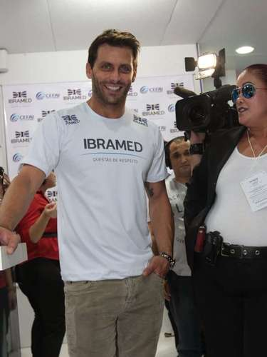 Henri Castelli visitou i estande da Ibramed na Hair Brasil