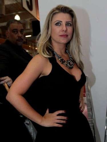Iris Stefanelli também visitou a feira