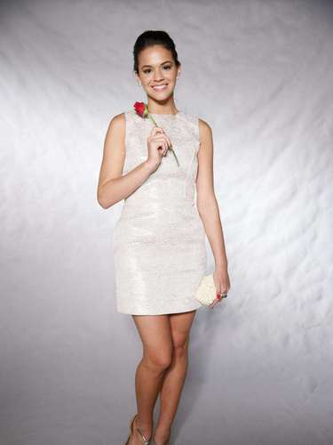 No especial de fim de ano de 2012, na Globo, Bruna usou um vestido romântico e mais tradicional, apesar de curto e brilhoso. \