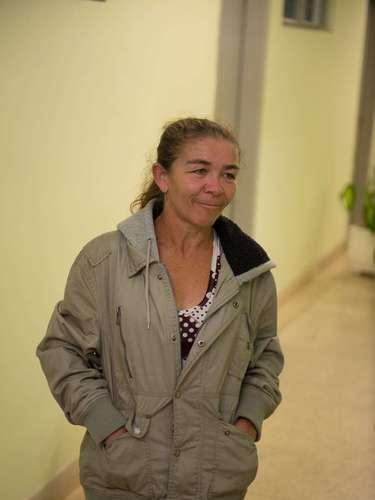 7 de maio -Mãe da empregada doméstica esteve na delegacia, onde o suspeito do crime foi apresentado nesta terça-feira após ser preso pela polícia