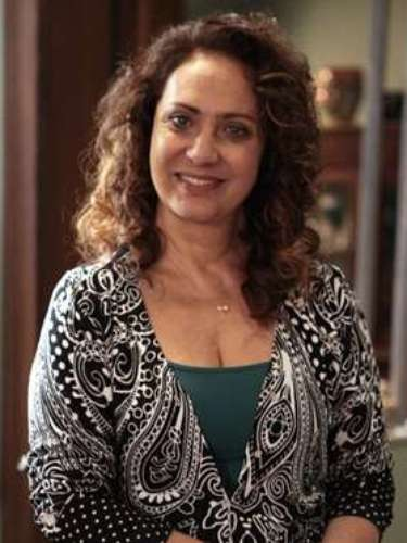 Ordália (Eliane Giardini)  Auxiliar de enfermagem, Ordália trabalha no San Magno. É mãe de quatro filhos e luta para melhorar a vida de todos eles