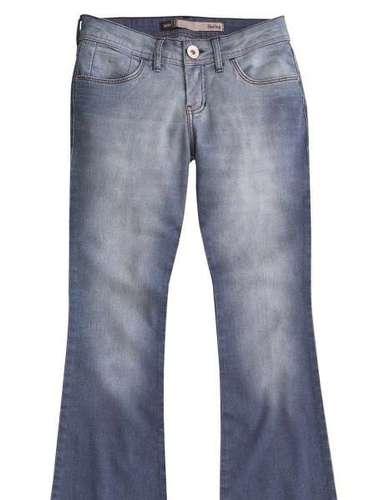 Calça jeans da Hering. Preço: R$ 139,99. Informações: 0800-473114