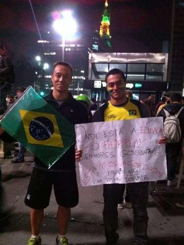 17 de junho - Brasileiros reivindicam educação, saúde e transporte de qualidade no País