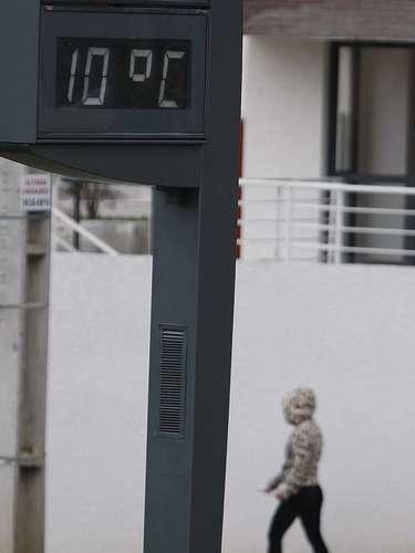 2 de julho Curitibanos se protegem do frio nesta manhã, quando a temperatura era de 10ºC