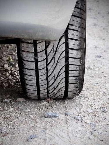 Também vem descrito no pneu o tipo de terreno que se deve rodar