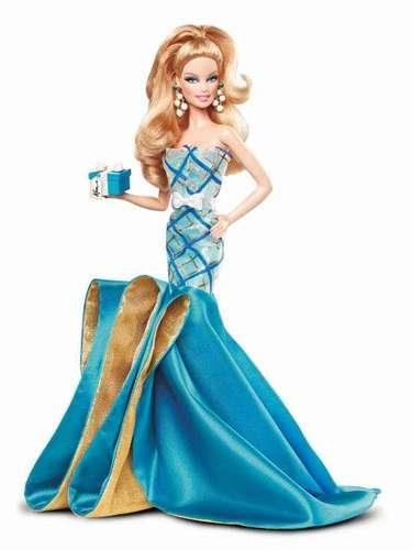 A primeira Barbie foi inspirada pela Bild Lilli doll, uma boneca erótica da Alemanha, e era vendida por US$ 3