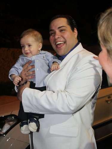 Silvia Abravanel , filha de Silvio Santos, se casou na noite dessa sexta-feira (6), em São Paulo, com o cantor sertanejo Edu, da dupla Téo & Edu. Na foto, Tiago Abravanel