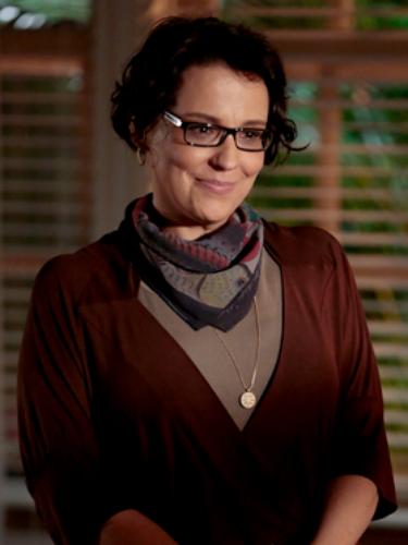 Selma (Ana Beatriz Nogueira)  Irmã mais velha de Chica e Juliana, é esposa atenciosa de Itamar e mãe zelosa de Laerte . Depois de uma tragédia familiar, afasta-se de Chica