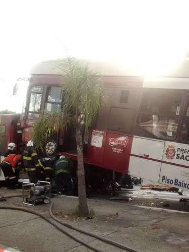Sete viaturas doCorpo de Bombeiros foram deslocadas para atender a ocorrência